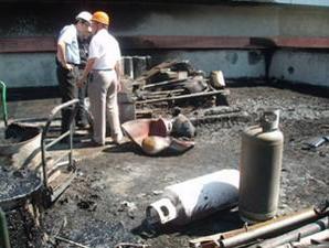 事故現場溶劑桶、瓦斯桶受波及情形