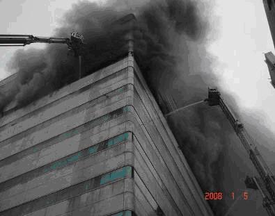 消防人員搶救情形