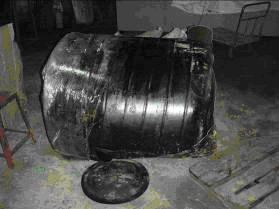 事故破裂桶槽
