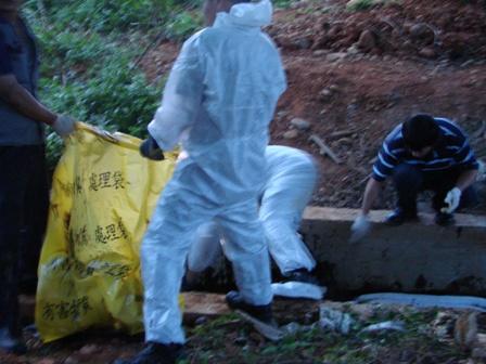 排水溝除污作業