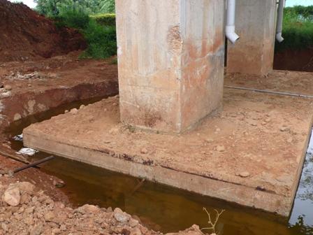 水漥(2)油污清除完成