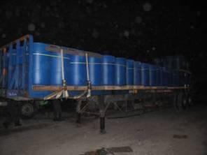 拖運板車之桶裝安定劑